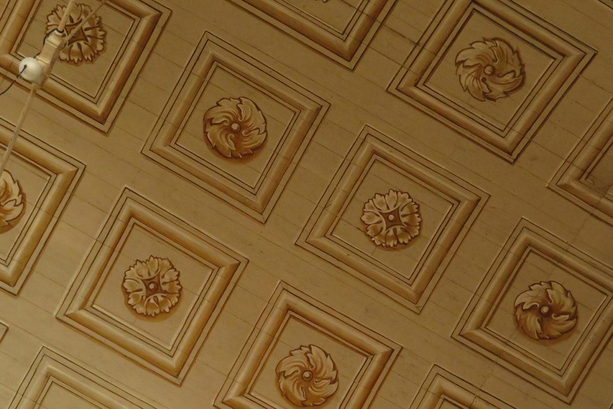 Plafond de l'église de Vouillé-les-Marais