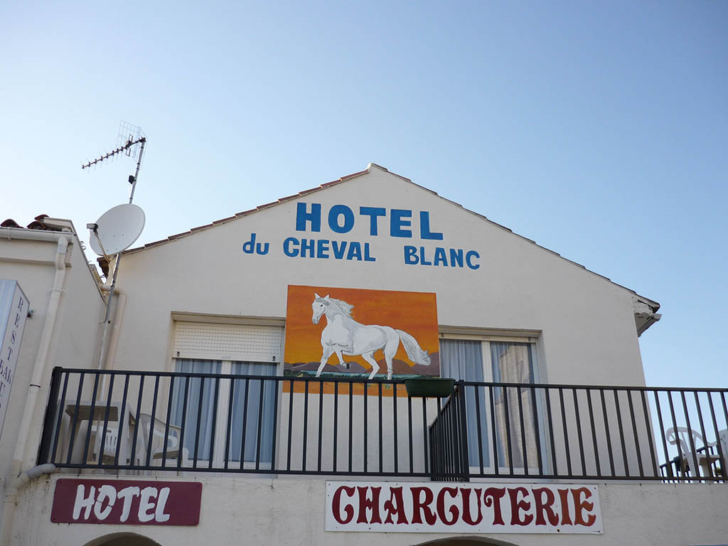 Le-cheval-blanc-grues-85-HOT (2)